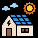 maison avec panneaux photovoltaïques sur le toit
